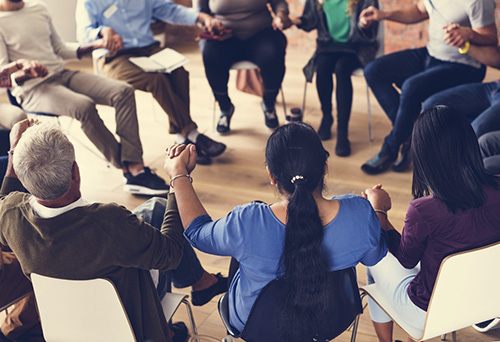 An addiction recovery group therapy session